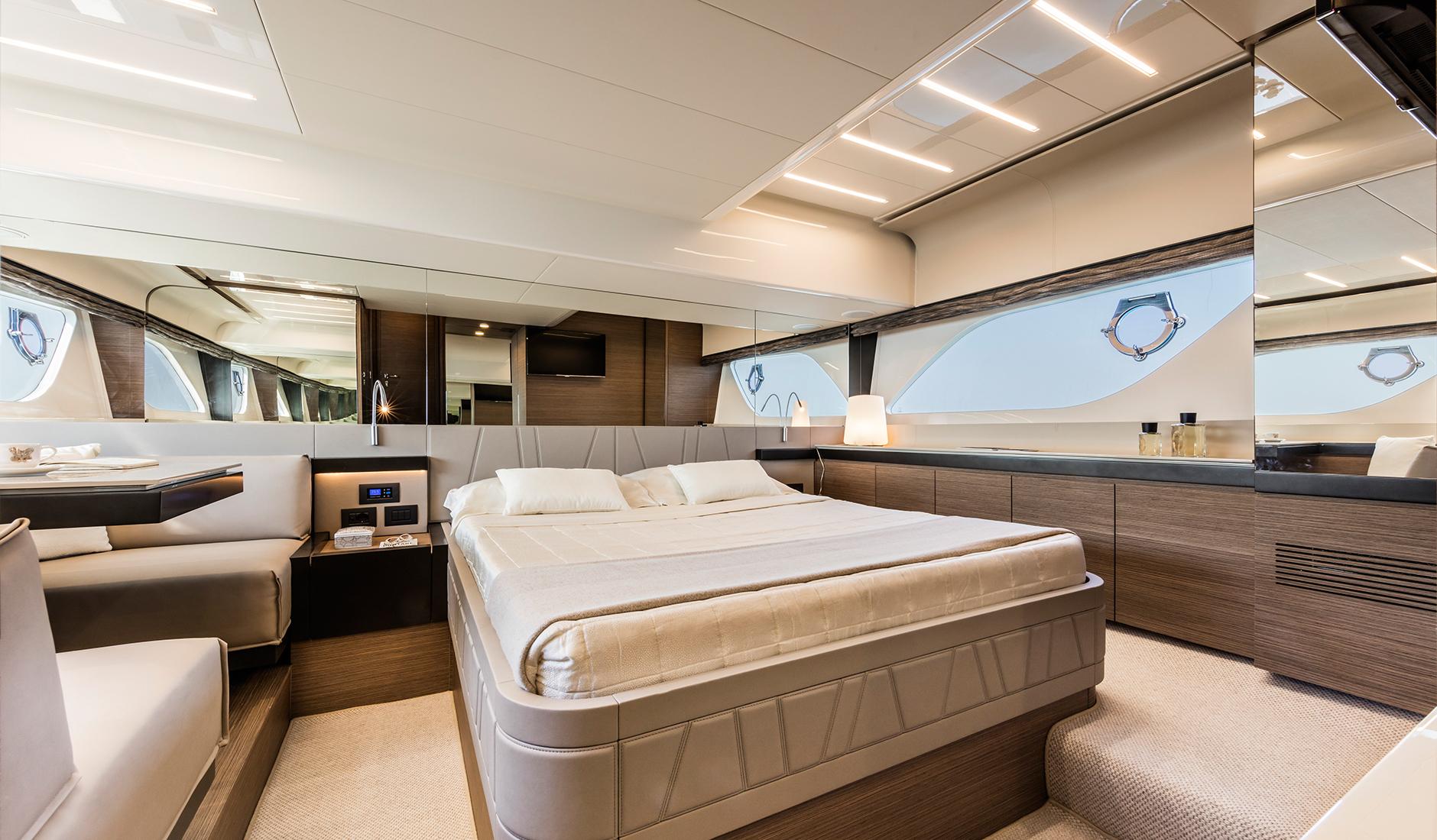 Ferretti Yachts 550 Фото № 7