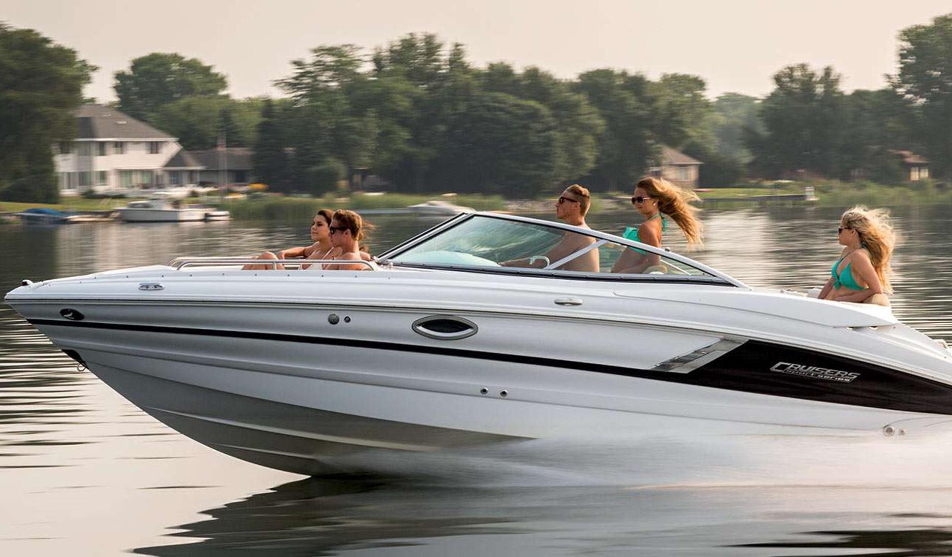 Cruisers Yachts 258 Bow Rider Фото № 6
