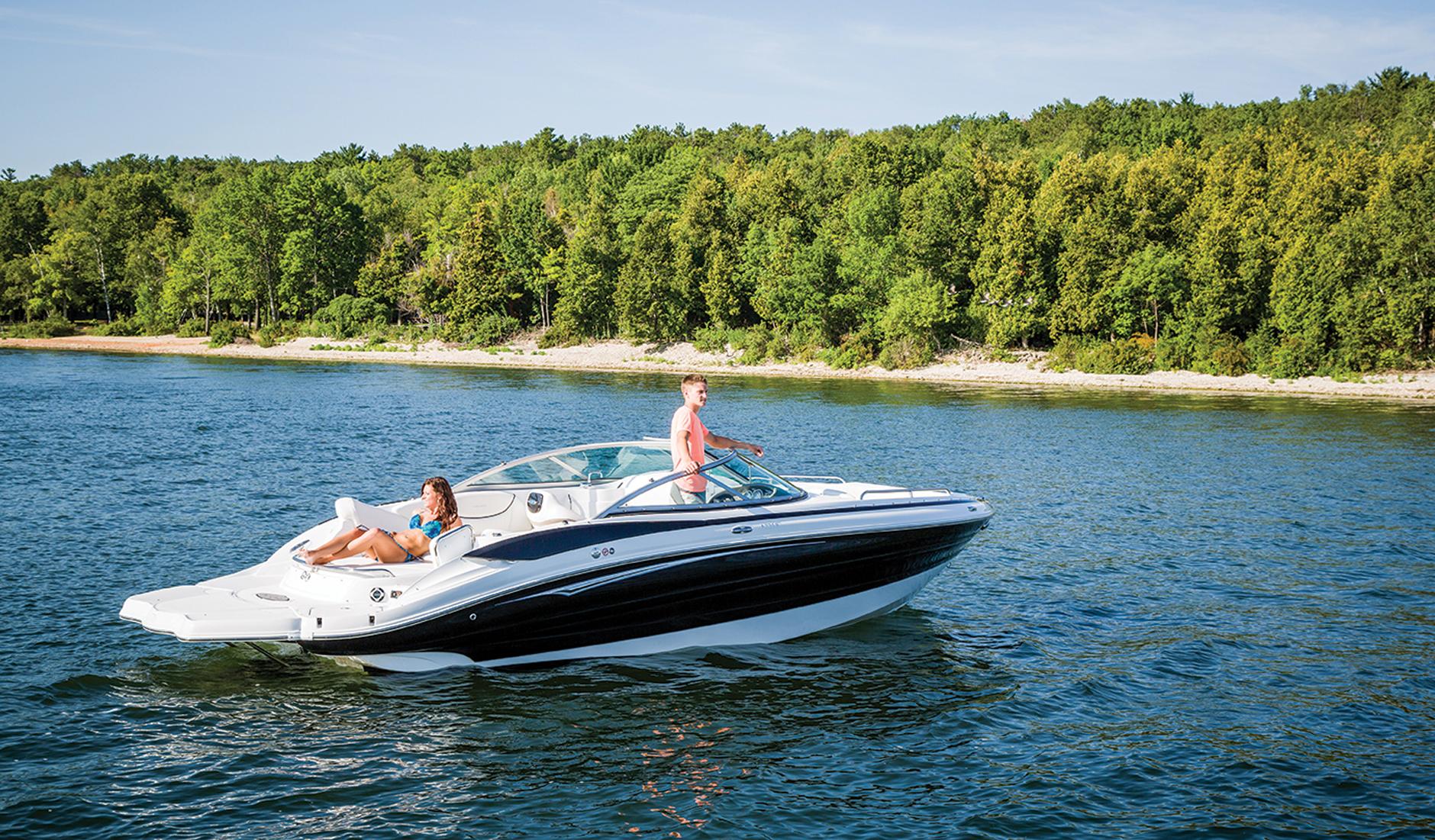 Cruisers Yachts 258 Bow Rider Фото № 5
