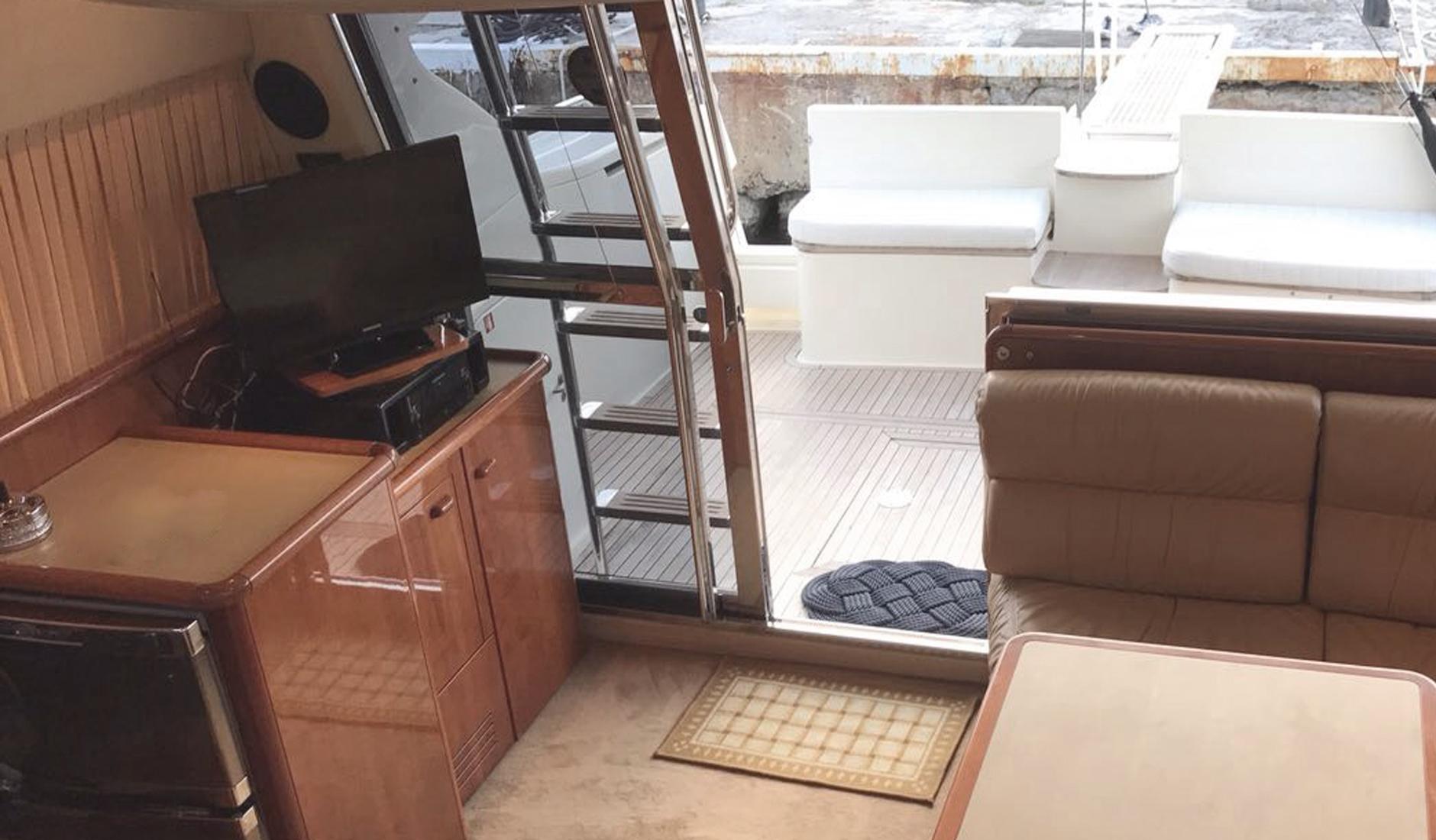 Ferretti Yachts 430 refit 2017 Фото № 10