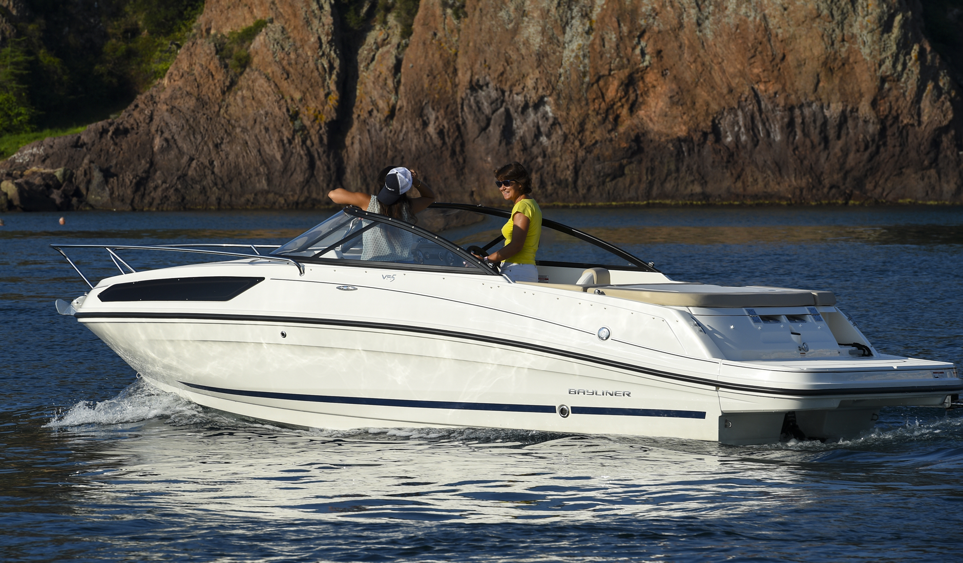 Bayliner Cuddy VR5 Фото № 7