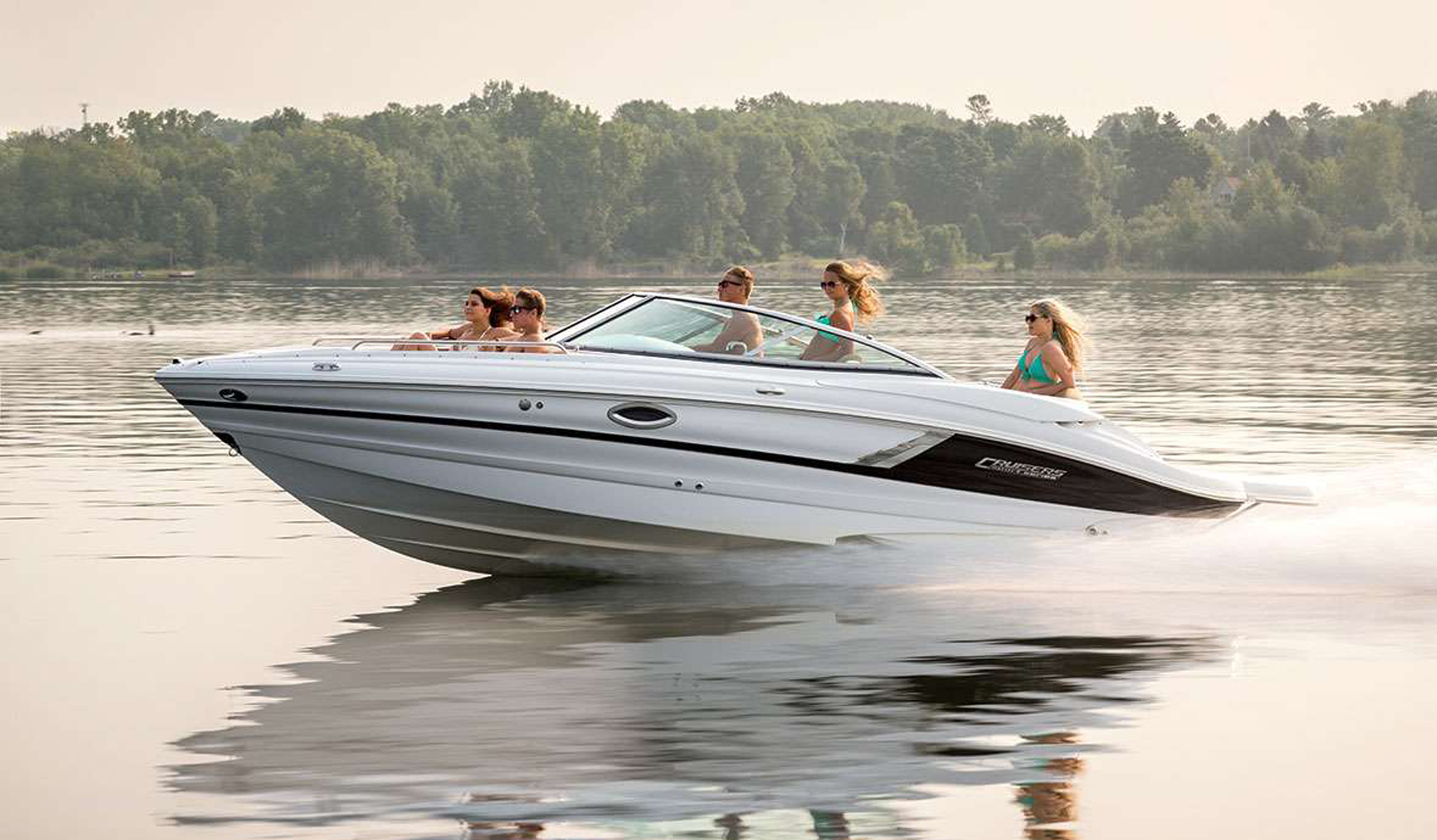 Cruisers Yachts 258 Bow Rider Фото № 4