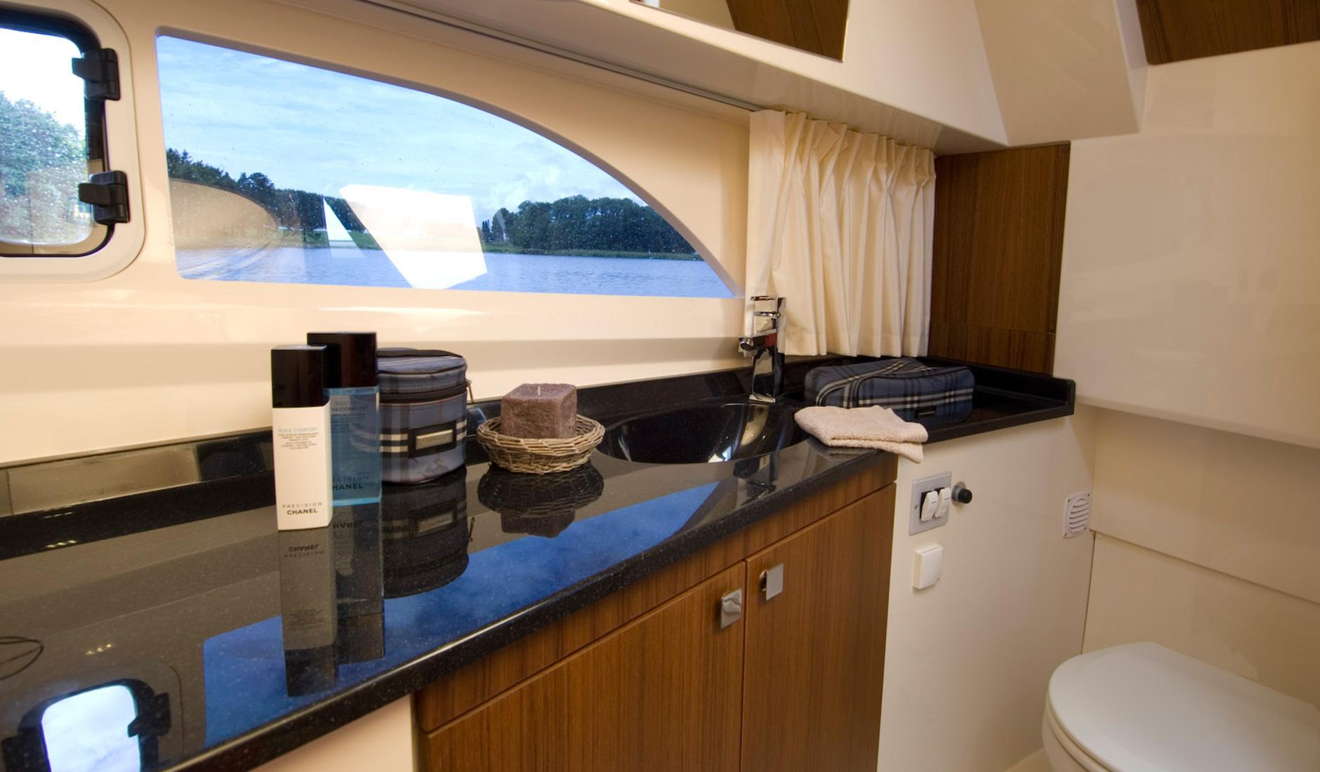 Marex 320 Aft Cabin Cruiser Фото № 9