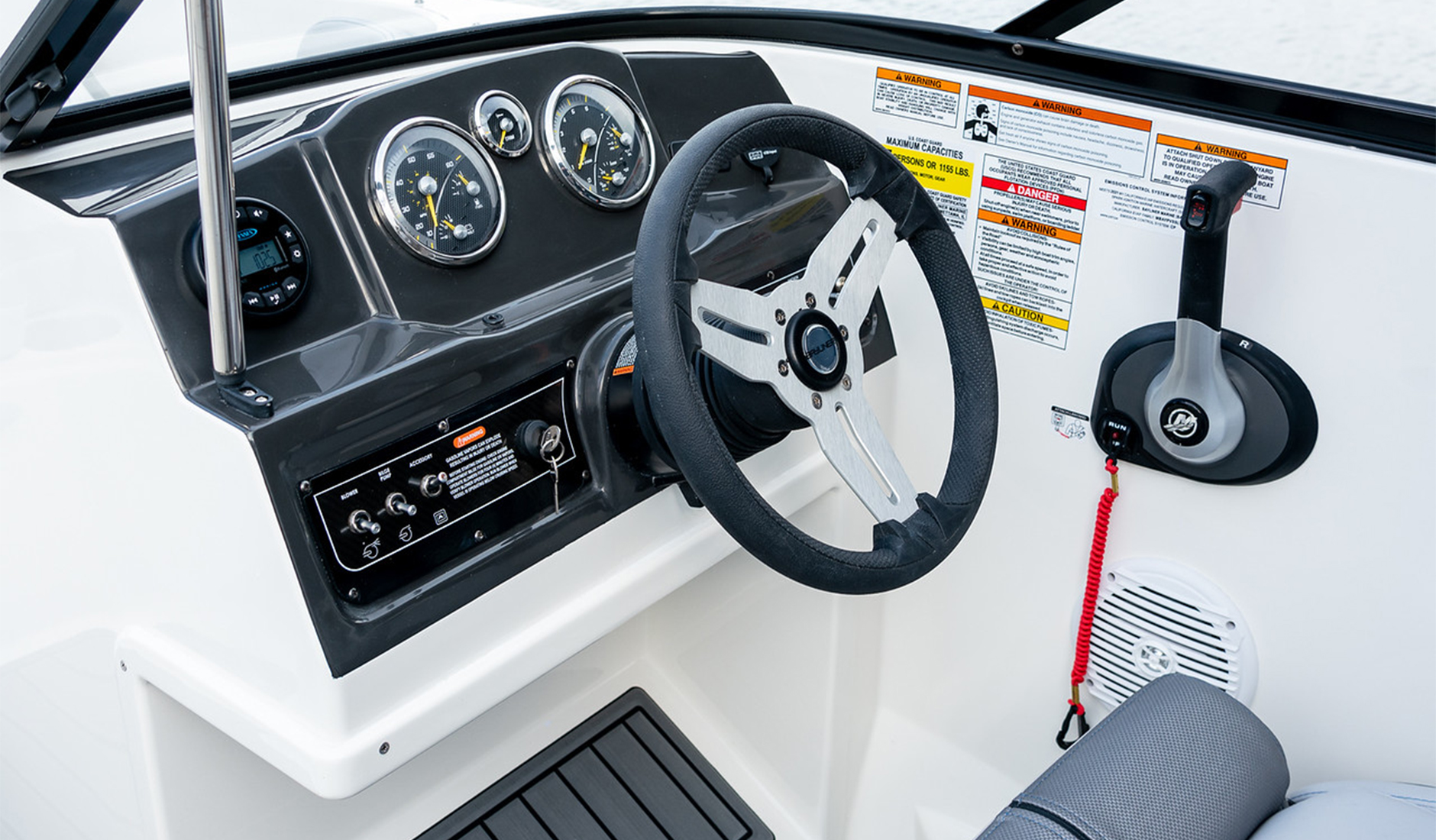 Bayliner VR4 Bowrider Фото № 8