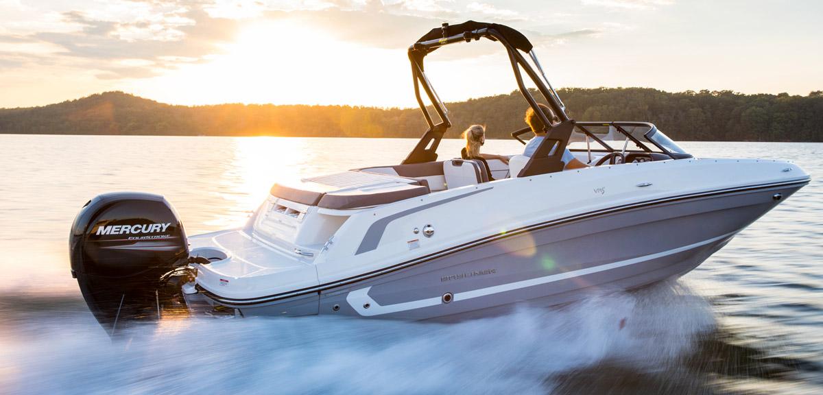 Готовь сани летом - оформляй предзаказ на новые катера и круизеры Bayliner