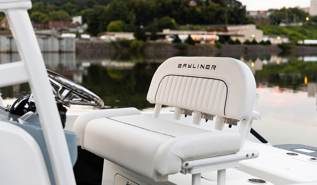Bayliner T22 CС Фото № 7