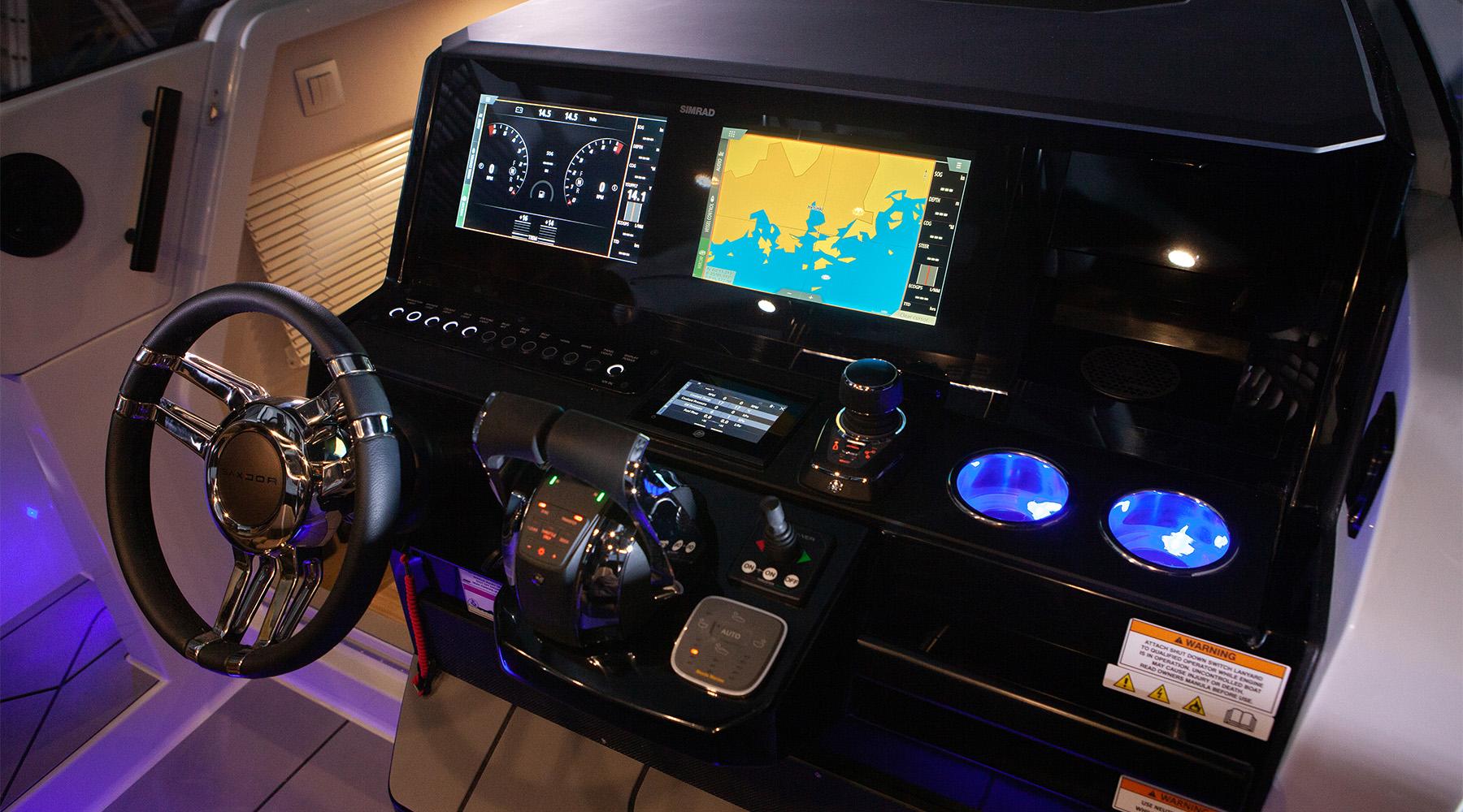 Saxdor 320 GTR Фото № 2